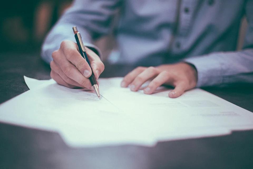 wynagrodzenie oraz zasady płatności w umowach