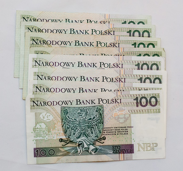 rozłożenie na raty świadczenia pieniężnego